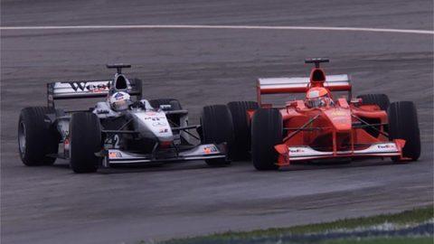 Imagem sobre Tri em 2000: o título em que Schumacher mais precisou do braço