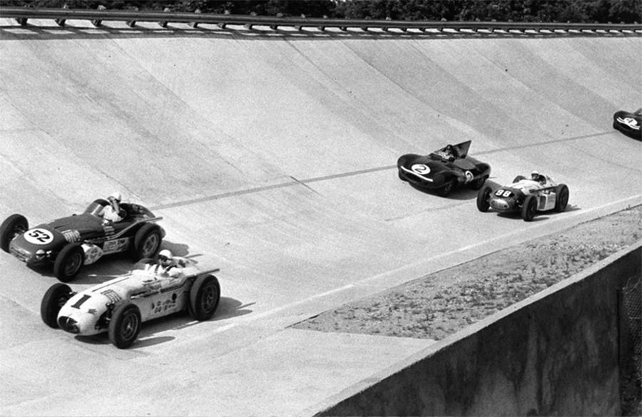 Monzanápolis foi a prova que reuniu carros da Indy e F1 no oval de Monza