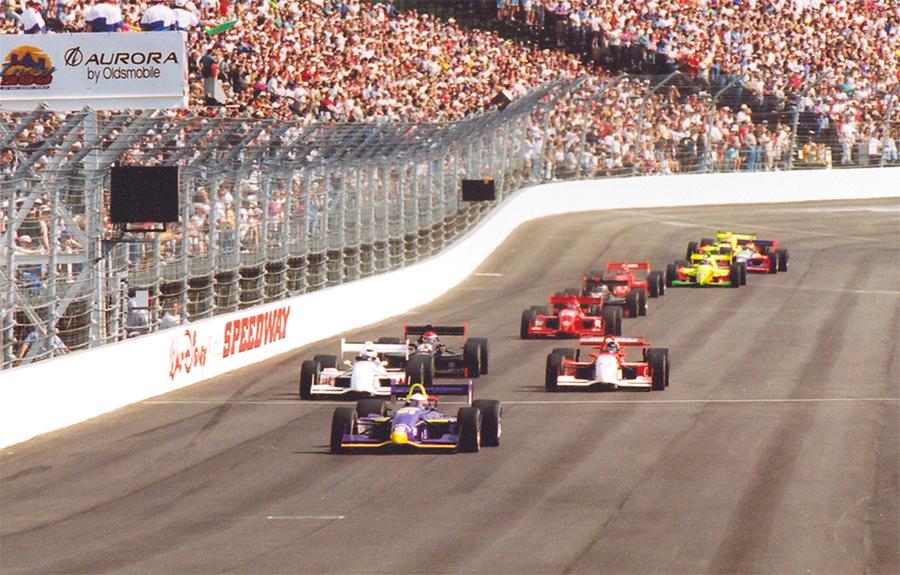 Largada da IRL em 1996, dando início ao último racha da Indy