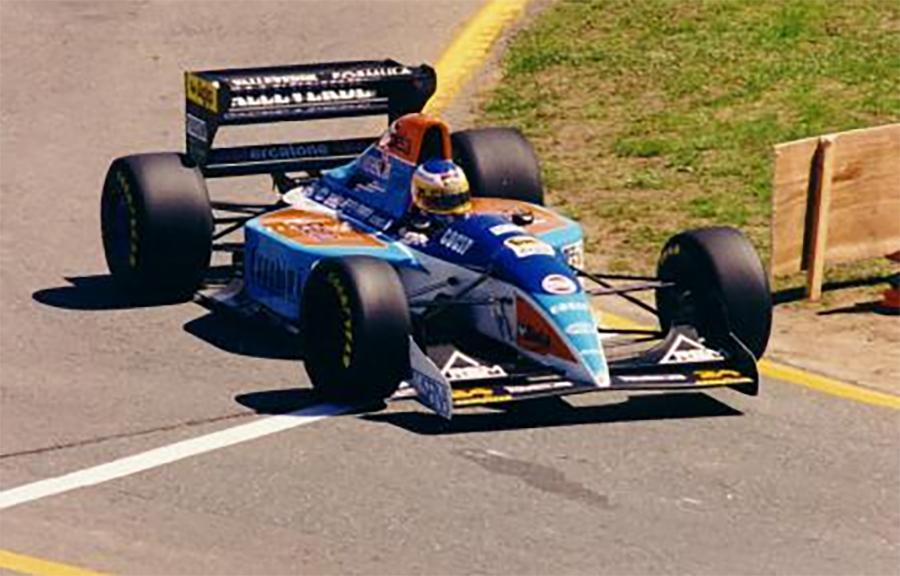 Imagem sobre Pilotos vitoriosos que encerraram a carreira na F1 em equipes modestas