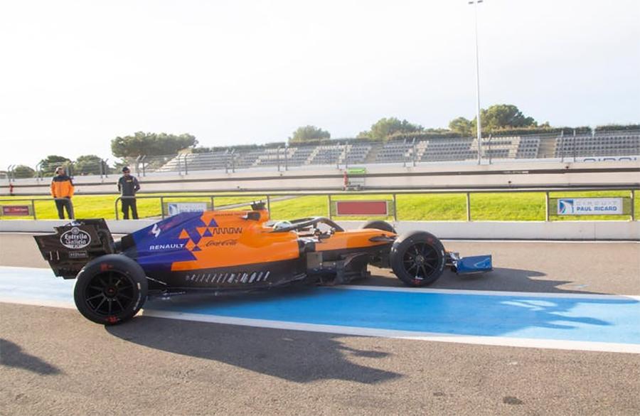 McLaren foi uma das equipes que testou a roda aro 18