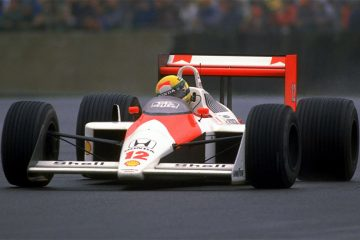 Senna no McLaren MP4/4 de 1988