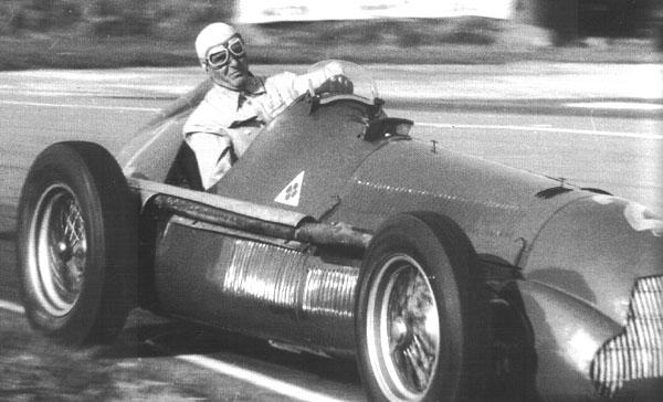 Com o modelo 158 e os pilotos Farina e Fangio ao volante, a Alfa Romeo dominou as duas primeiras temporadas da F1