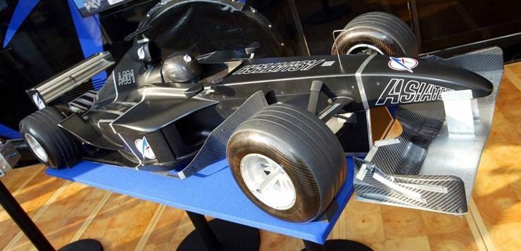 Preparadora de motores, a Asiatech chegou a lançar o projeto de equipe na F1