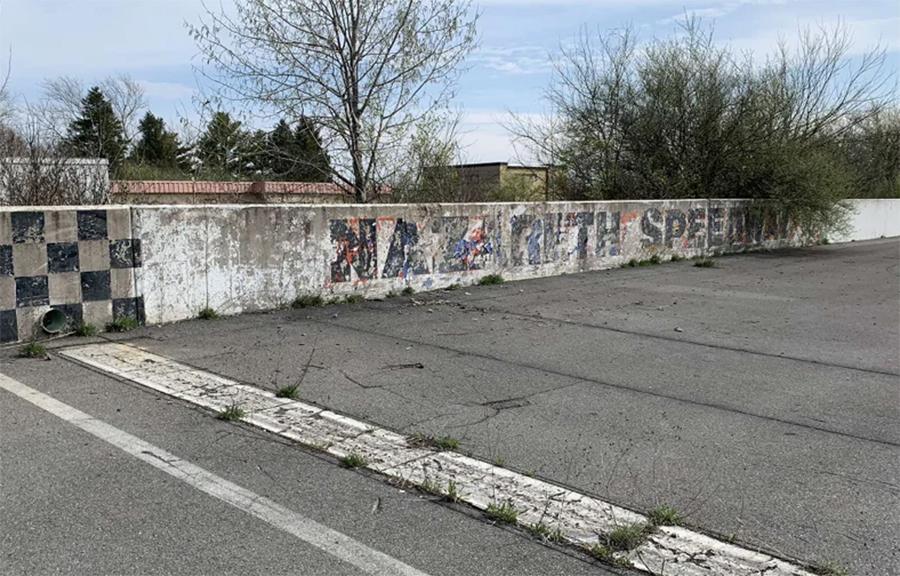 Imagem sobre A triste história dos autódromos americanos que se tornaram fantasmas