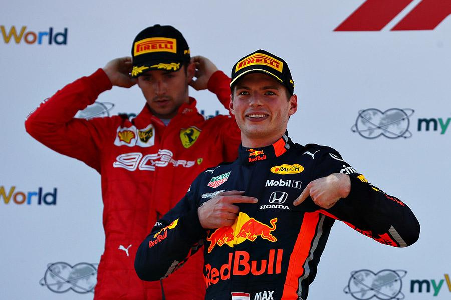 Verstappen fez questão de homenagear a Honda na primeira vitória da nova parceria com a Red Bull, em 2019