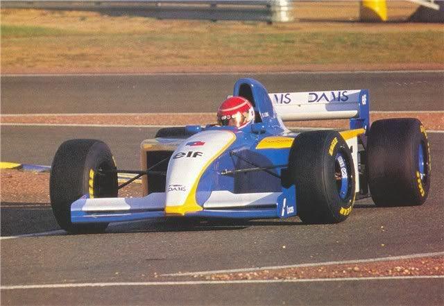 Uma das mais tradicionais equipes da base, a Dams ensaiou uma participação na F1