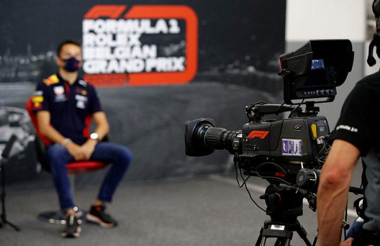 Quem fica com os direitos de TV da F1 para o Brasil?