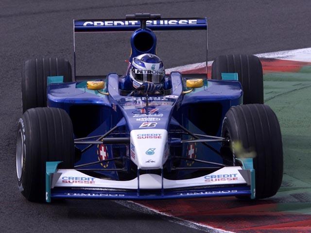 Sob muitos olhares críticos, Raikkonen mostrou maturidade e velocidade em sua primeira temporada na F1