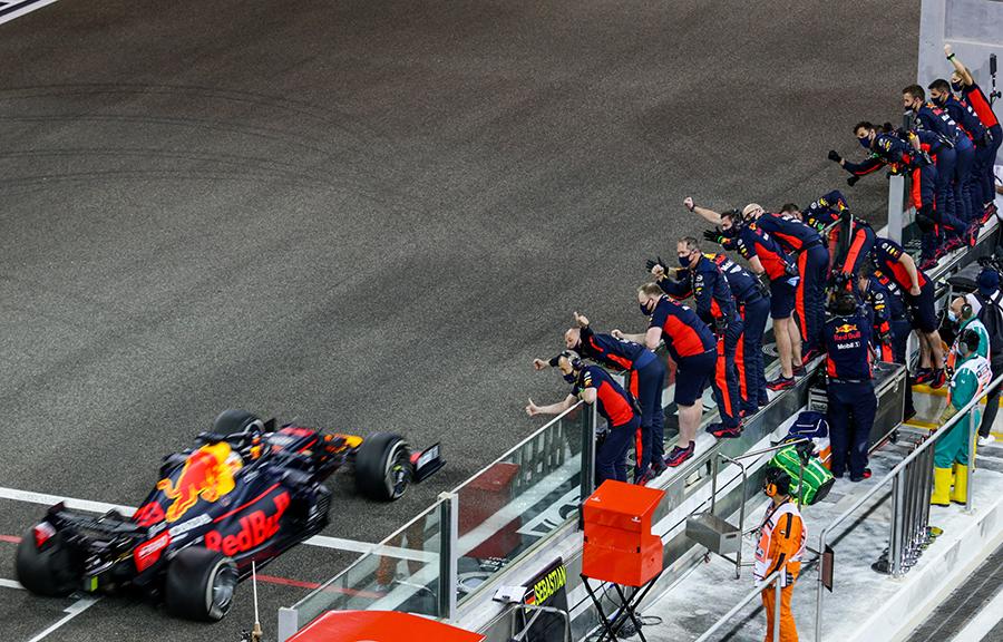 Imagem sobre Celebrações, derrotas e as despedidas após o GP de Abu Dhabi da F1