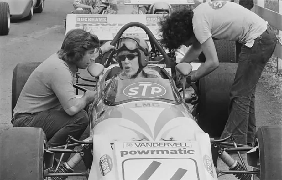Imagem sobre O caso de Roberta Cowell, pilota de F1 e primeira transexual da Inglaterra