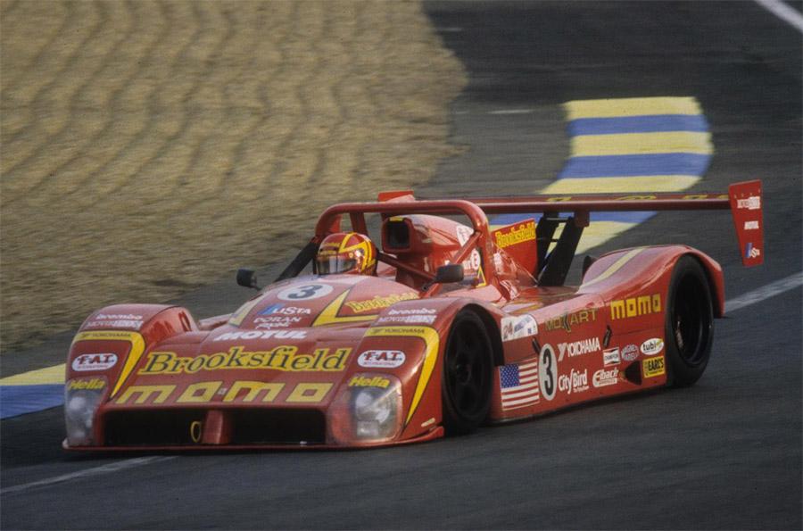 Protótipo Ferrari 333 SP encomendado pela Momo e desenvolvido em boa parte pela Dallara