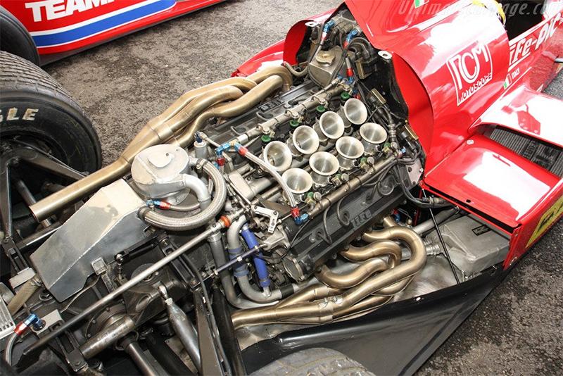 Motor W12 da Life. Vida curta. Muito curta.