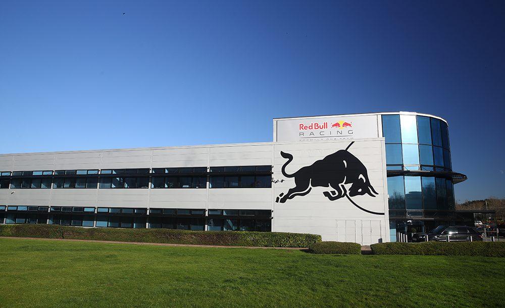 Red Bull passará a produzir motores em sua sede na Inglaterra