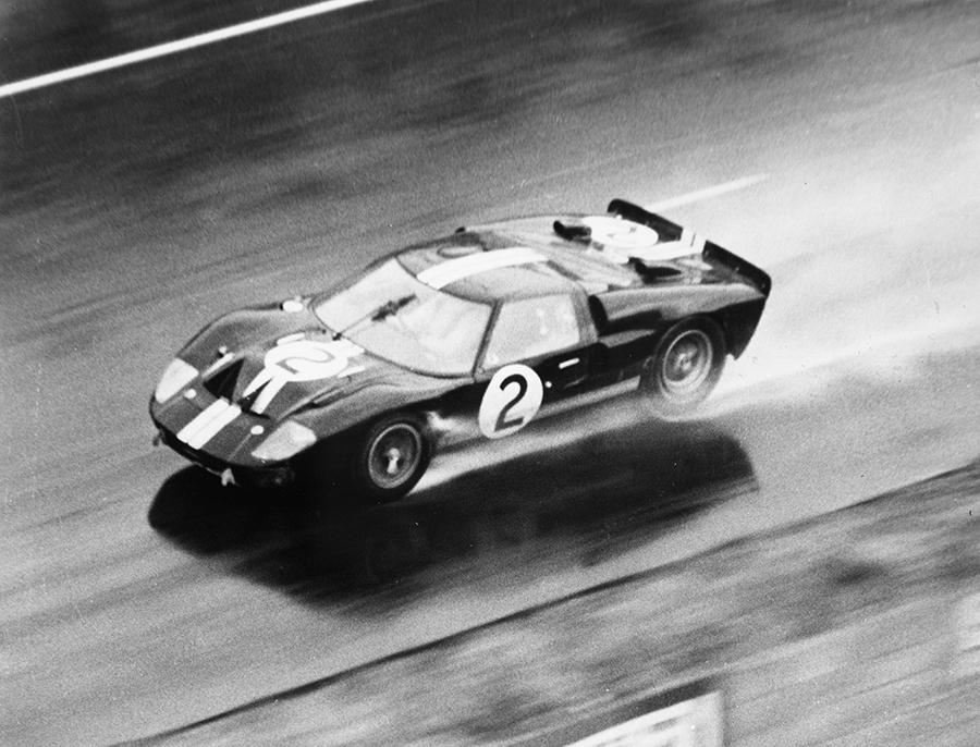 Ford GT 40 na edição de 1966 das 24 Horas de Le Mans