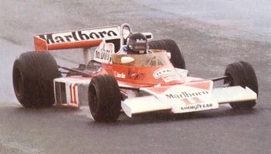 James Hunt no desafiador GP do Japão de 1976 para vencer seu título na F1