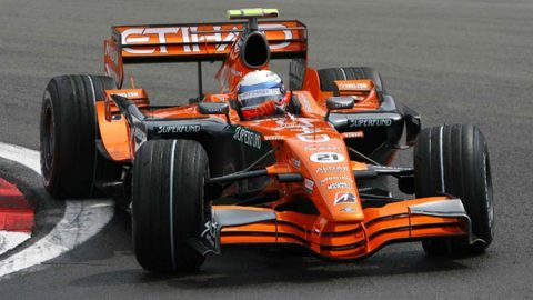 Imagem sobre O dia em que Markus Winkelhock se tornou um líder improvável na F1