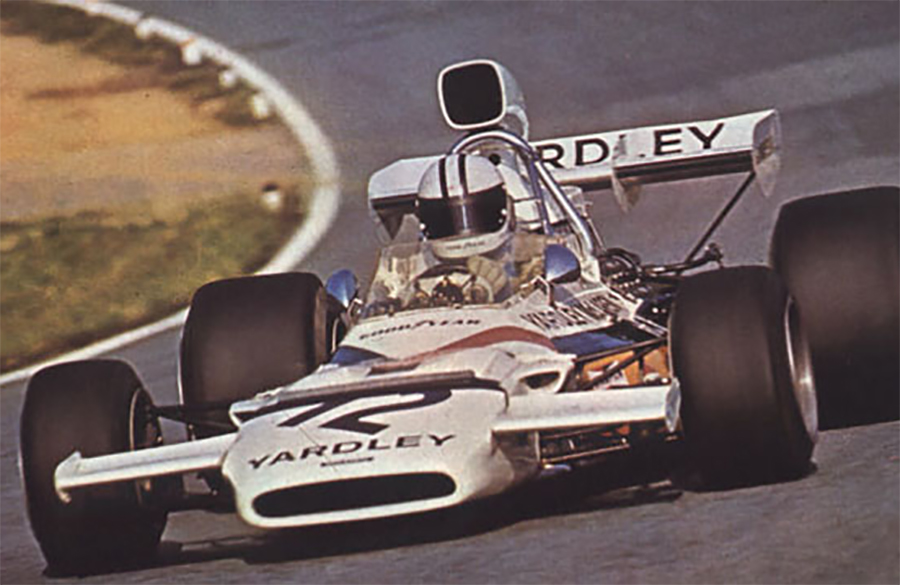 Após o baque da morte de seu fundador, McLaren se recuperou com a linha M19
