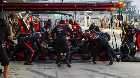 """Imagem sobre O que é """"undercut"""" e como é definida a estratégia de pit stop na F1"""