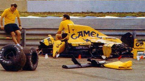 Imagem sobre O pavoroso acidente de Martin Donnelly explicado em detalhes