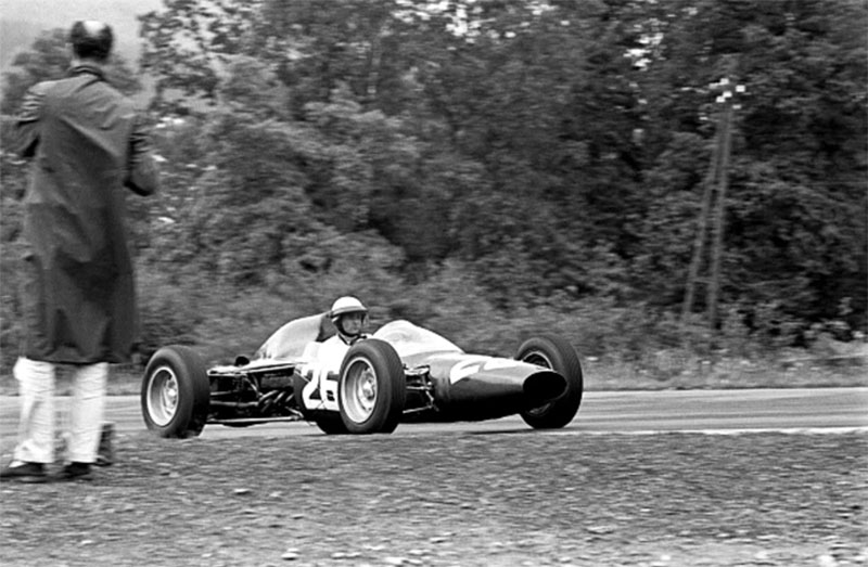 ATS tipo 100 era uma tentativa de fazer um carro com linhas bem diferentes de outros F1 da época
