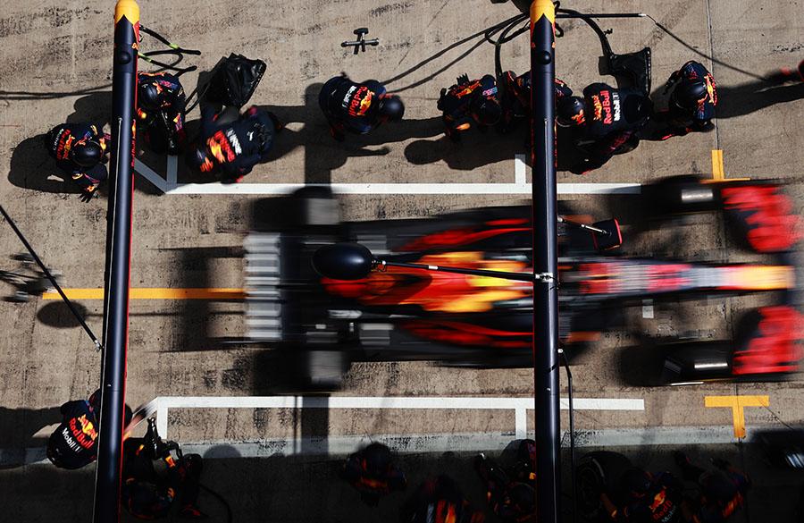 Pit stop é um momento essencial na estratégia da F1