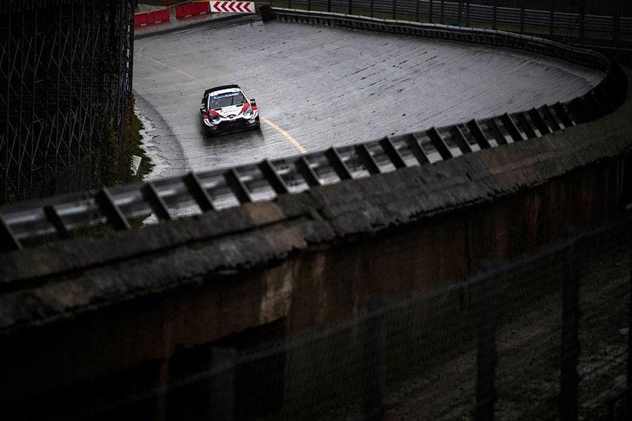 WRC colocou seus carros para andarem em estágios cronometrados nas curvas do antigo oval de Monza em 2020