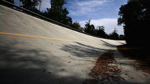 Imagem sobre A história das incríveis curvas inclinadas de Monza