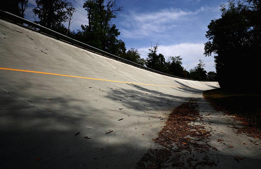 Antiga curva inclinada do circuito de Monza