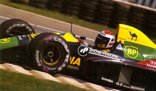 Éric Bernard, com a Larrousse, no GP da Grã-Bretanha de 1989